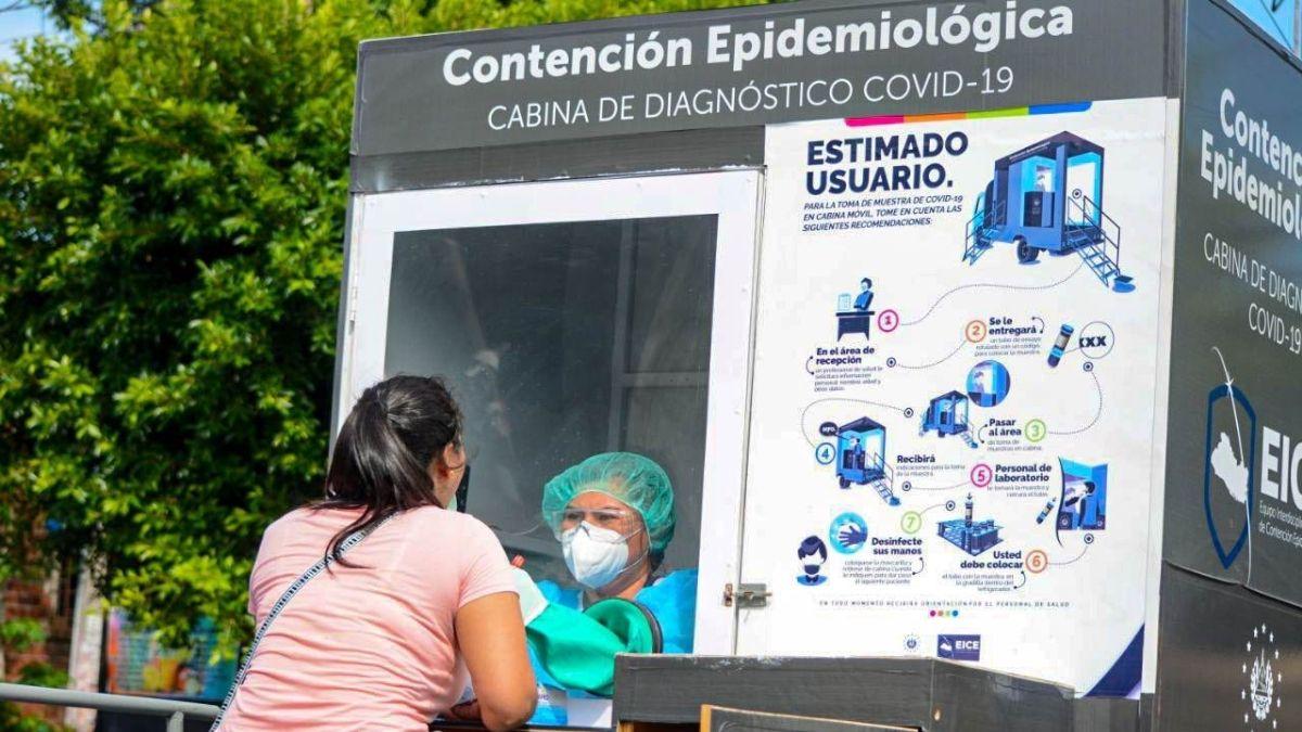 cabinas pruebas COVID-19 en Sonsonate