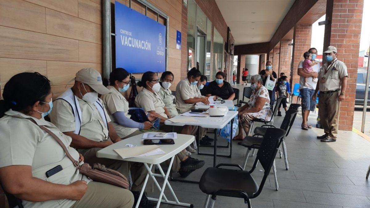 Abren nuevos centros de vacunación en San Miguel