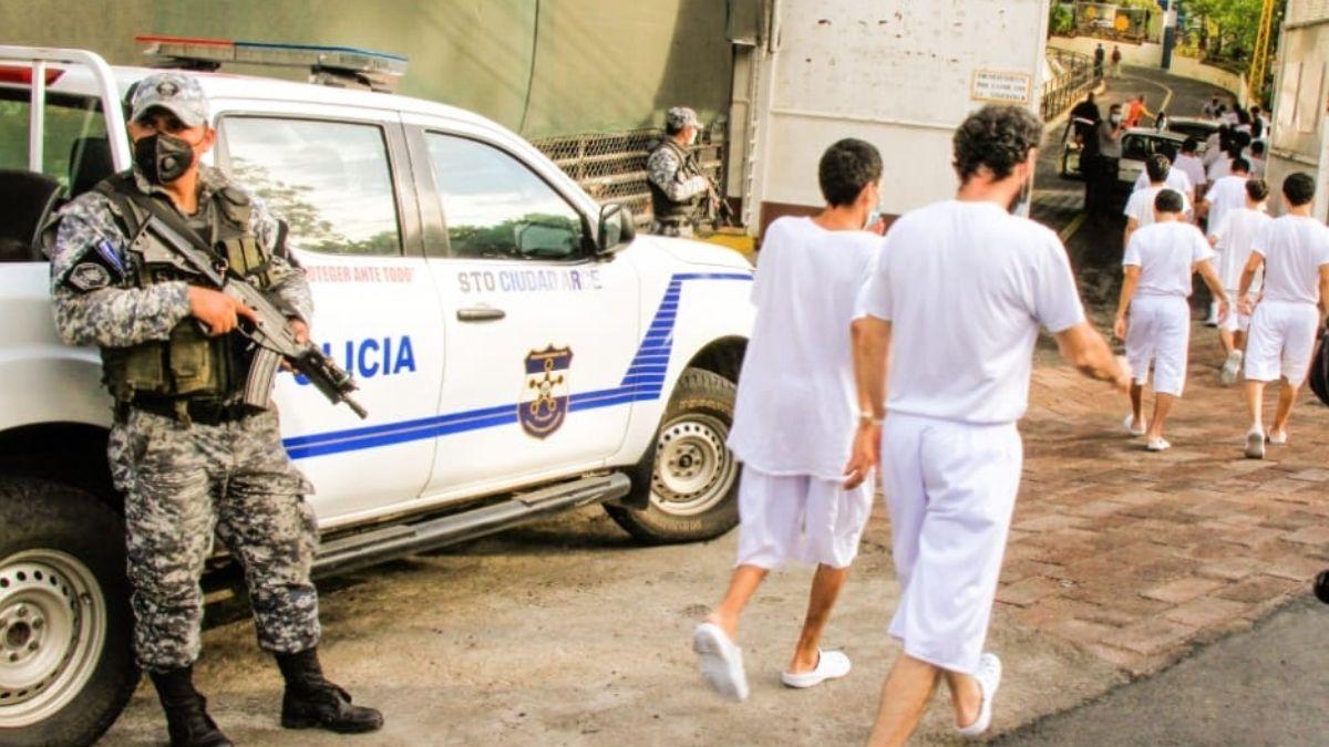 Centros Penales trasladan a reos