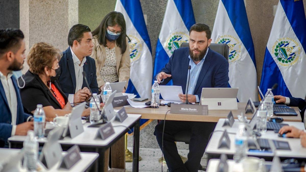 Mario duran se reúne con alcaldes capitalinos