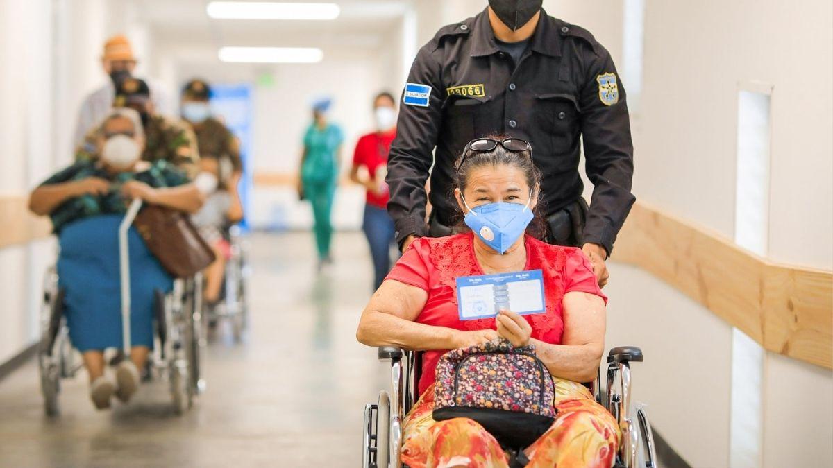 El Salvador podría ser primer país Centroamericano en alcanzar la inmunidad colectiva