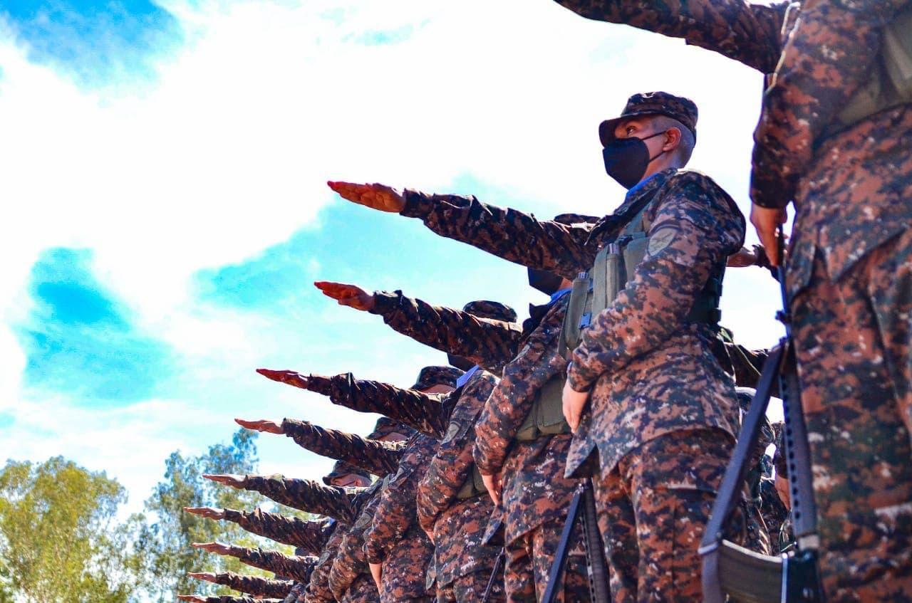 1000 soldados salvadoreños son juramentados este viernes