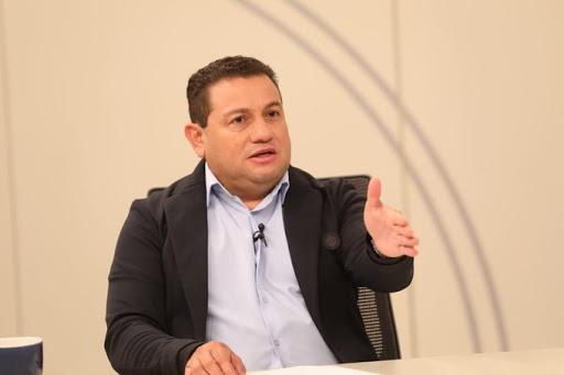 Ministro de Trabajo, en ningún momento se ha mencionado la posibilidad que empresas paguen salarios con bitcoin