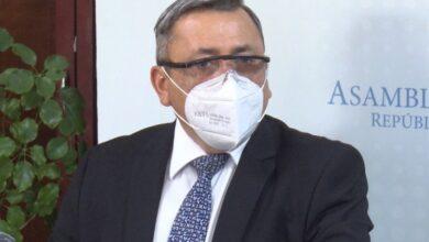 Carlos Reyes, ex jefe de la fracción de ARENA ha sido citado por el Ministro de Trabajo luego de despedir a empleados antes de vencer contrato de trabajo