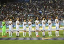Sentimientos encontrados vivieron los Salvadoreños cuando sonó el himno nacional de El Salvador en Copa Oro